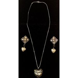 Jewelry - Gold Embroidered Heart Necklace & Earring Set